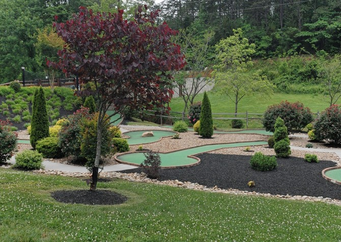 Pigeon Forge - Lucky Enough - golf course