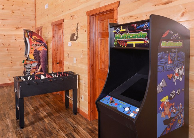 Pigeon Forge - Majestic Lodge - game room