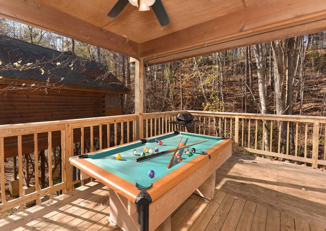 Pigeon Forge - Mountain Blessing - pooltable