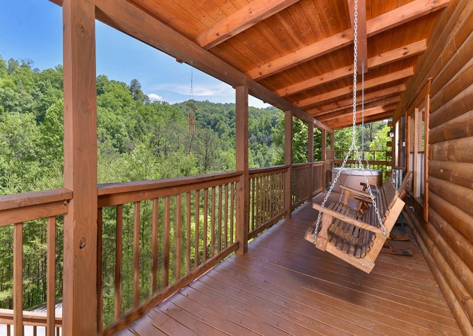 Pigeon Forge - Mountain Breeze - deck