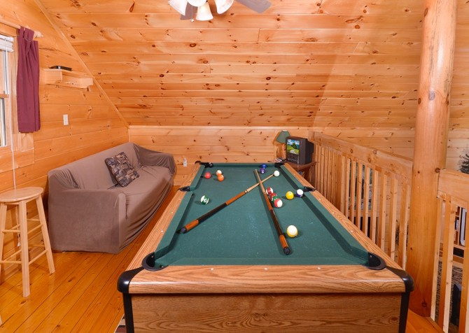 Pigeon Forge - Mountain Breeze - pooltable