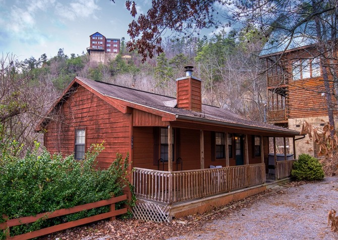 Pigeon Forge - Mountain Getaway- exterior