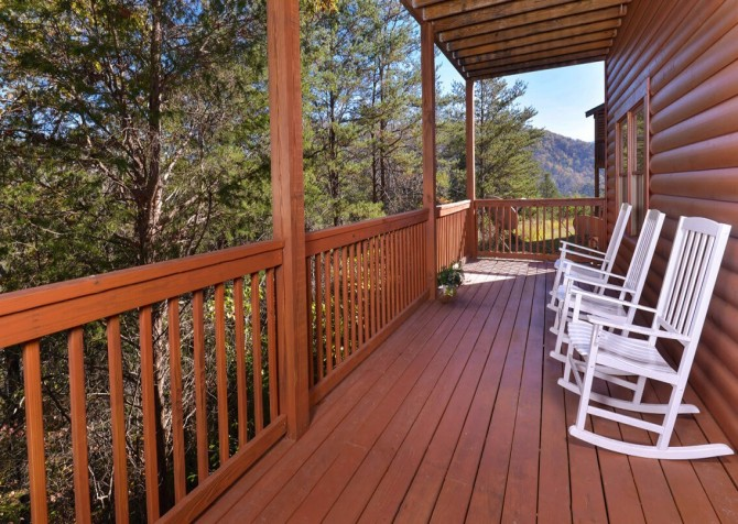 Pigeon Forge - Mountain Time- deck