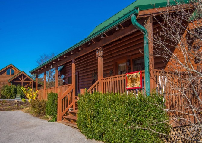 Pigeon Forge - Mountain Time- exterior