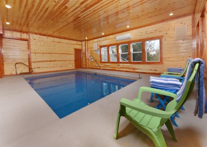 Pigeon Forge Cabin - Mountain Top Retreat - Indoor Pool