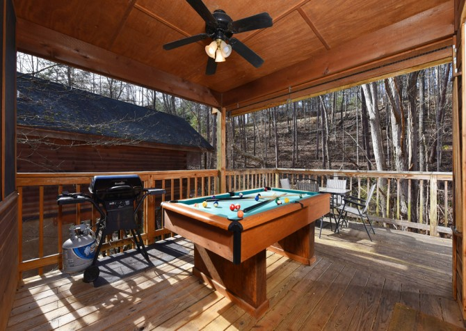 Pigeon Forge - Mountain Blessing - Pool Table