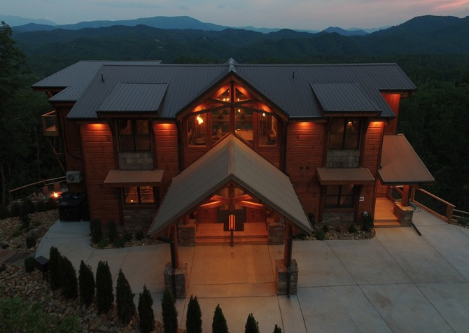 NorthStar Mountain Lodge - Exterior