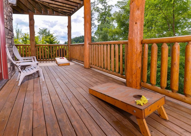 pigeon forge cabin – paul bunyans treehouse – exterior