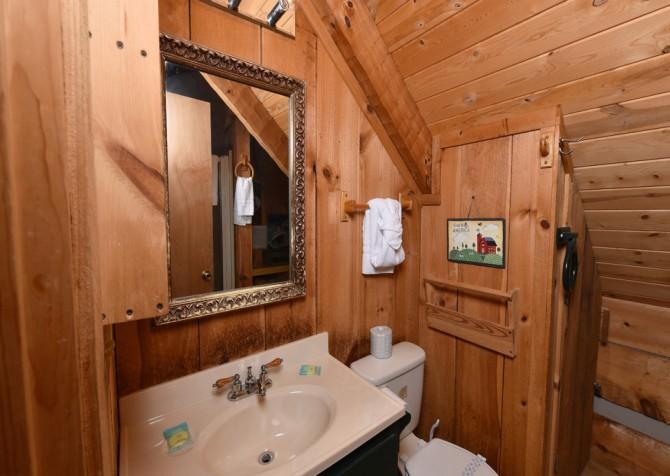 Pigeon Forge - Peak A View - bathroom