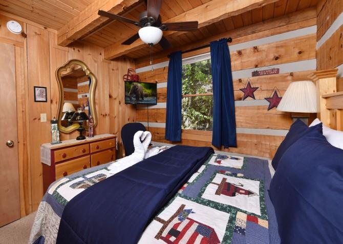 Pigeon Forge - Peak A View - bedroom