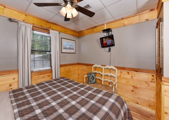 Pigeon Forge - Rocky Top - Bedroom