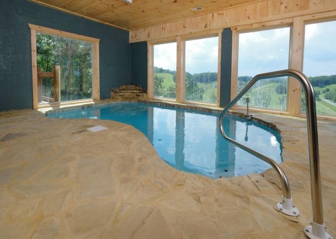 Pigeon Forge Cabin - Scenic Solitude Retreat - Indoor Pool