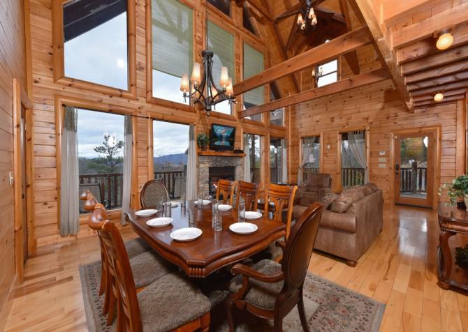 Pigeon Forge Cabin - Smoky Mountain Splash - Living Room