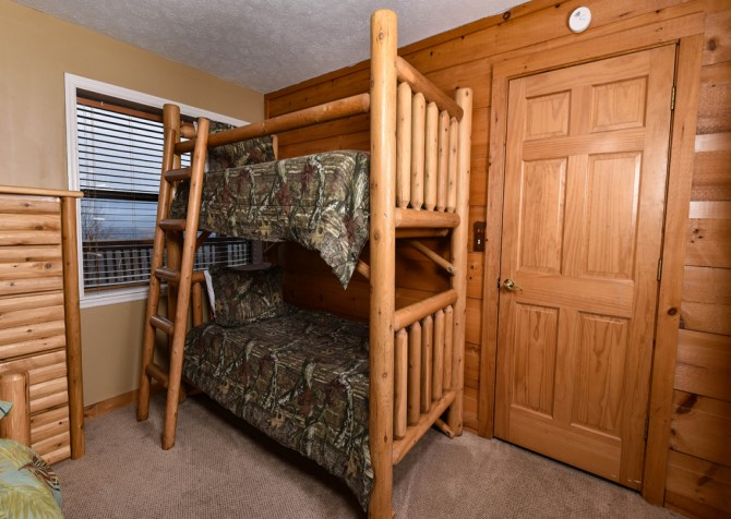 Pigeon Forge - Smoky View Top Shelf - Bedroom Four  Bunks