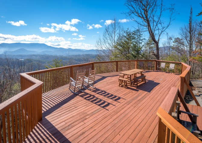Pigeon Forge - Smoky View Top Shelf - Exterior Deck Seating
