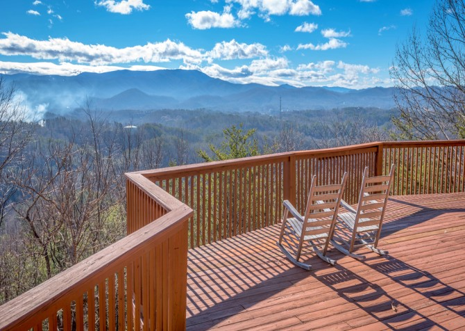 Pigeon Forge - Smoky View Top Shelf - Exterior Deck Rockers