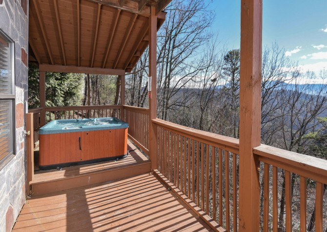Pigeon Forge - Smoky View Top Shelf - Hot Tub