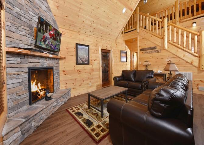 Pigeon Forge Cabin - Splash N' More - Living Room