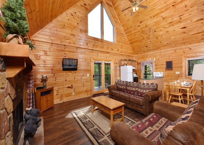 Pigeon Forge - Tennessee Memories - Living Room