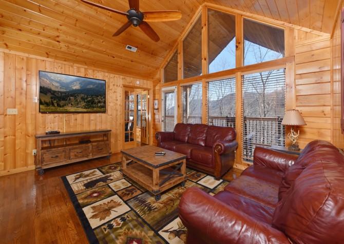 Pigeon Forge Cabin - Wild Bear Lodge – Rec Room