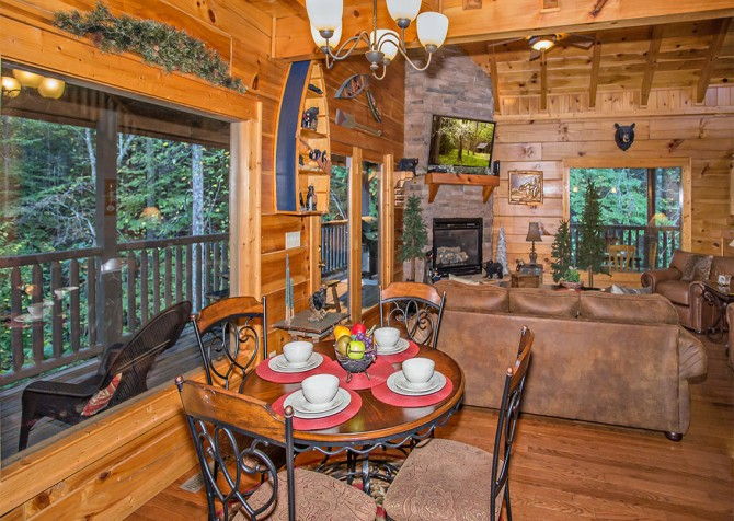 Pigeon Forge - Cedar Forest - Dining Room