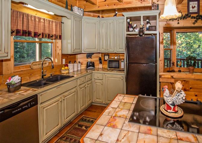 Pigeon Forge - Cedar Forest - Kitchen