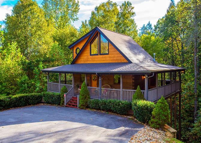 Gatlinburg Cabin Rentals | Pigeon Forge Cabins: 1 - 2 bedrooms