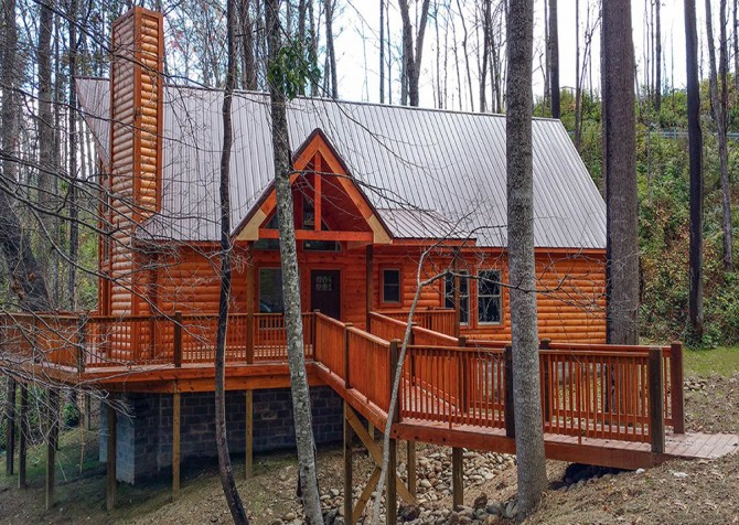 cabins room living tennessee mountain nest in log of rentals the s robin c authentic cabin robins tr gatlinburg