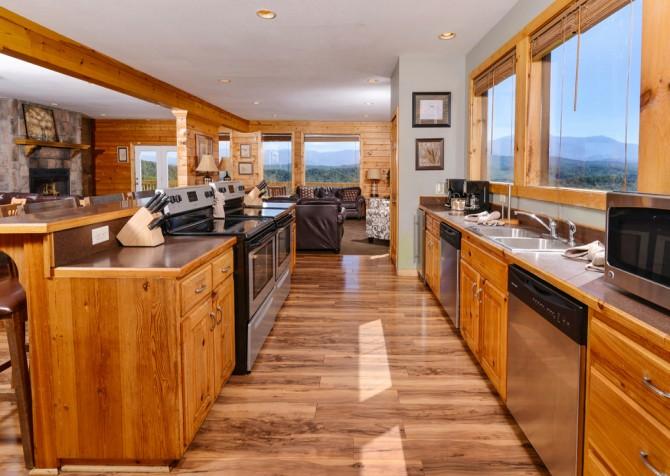 Pigeon Forge - Crestview Lodge - Kitchen