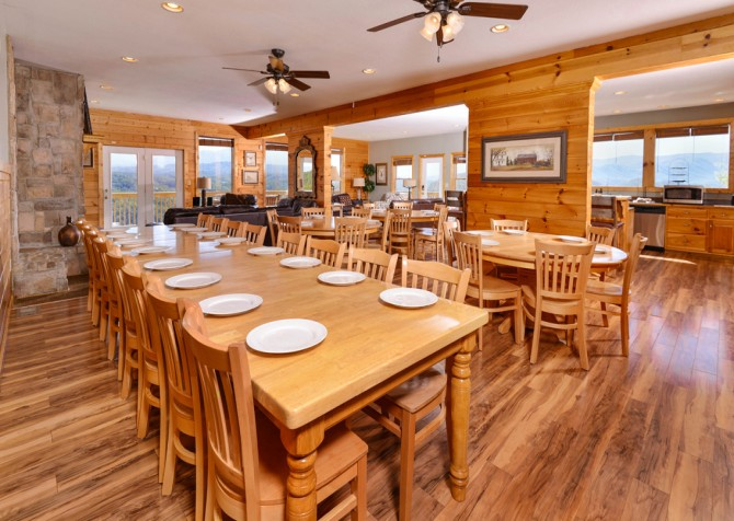 Pigeon Forge - Crestview Lodge - Dining