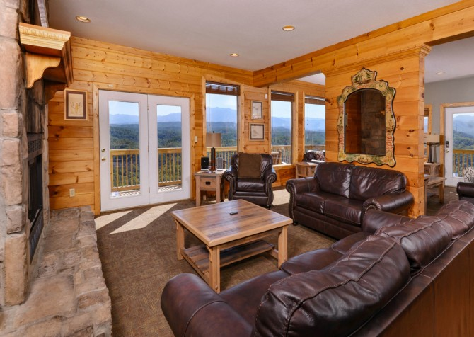 Pigeon Forge - Crestview Lodge - Living