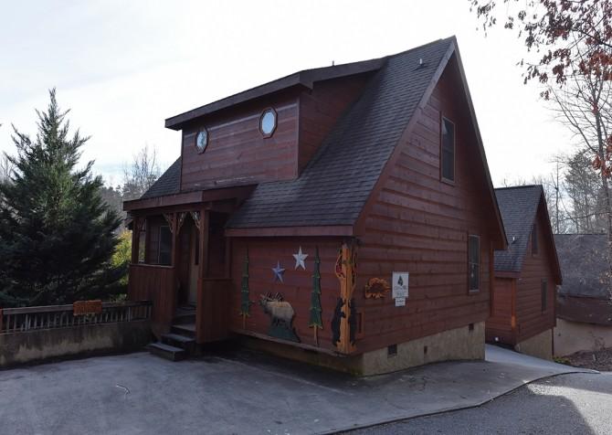 Pigeon Forge Cabin - Elk Crossing - Exterior