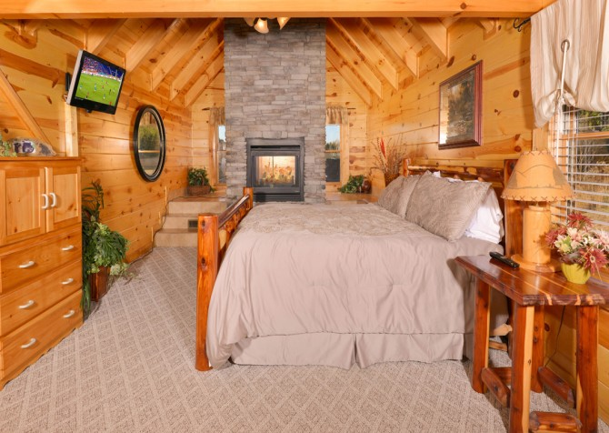 Pigeon Forge - Get Outta Dodge - Bedroom One