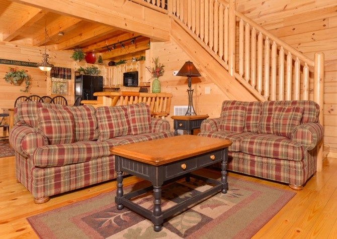 Pigeon Forge - Get Outta Dodge - Living Room Seating