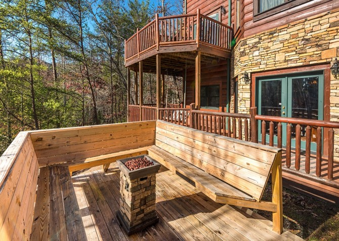 Pigeon Forge Cabin- It's Good N Da Woods Lodge – Fire Pit