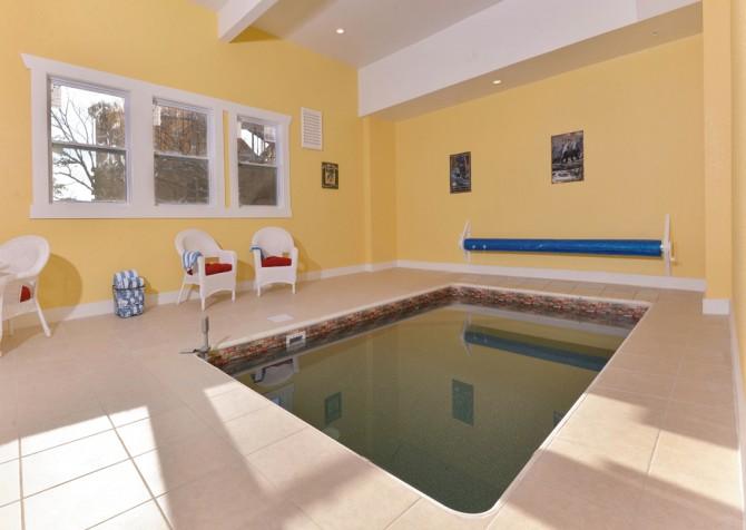 Pigeon Forge - Highland Plunge - Pool Room
