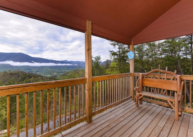 Pigeon Forge Cabin- Jackson's Cabin - Deck View