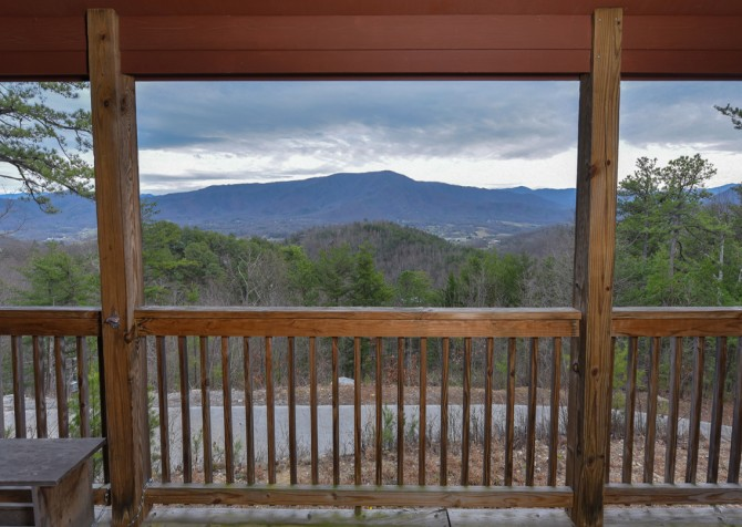 Pigeon Forge Cabin- Jackson's Cabin - View
