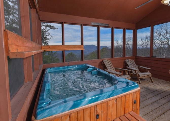 Pigeon Forge Cabin- Jackson's Cabin - Hot Tub