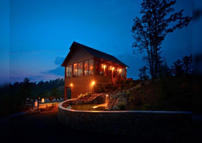 Legacy Mountain - Resort Twilight Clubhouse