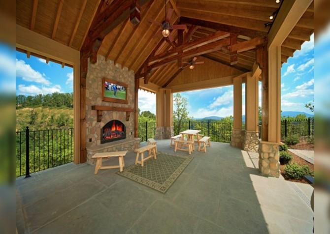 Legacy Mountain - Resort Gazebo