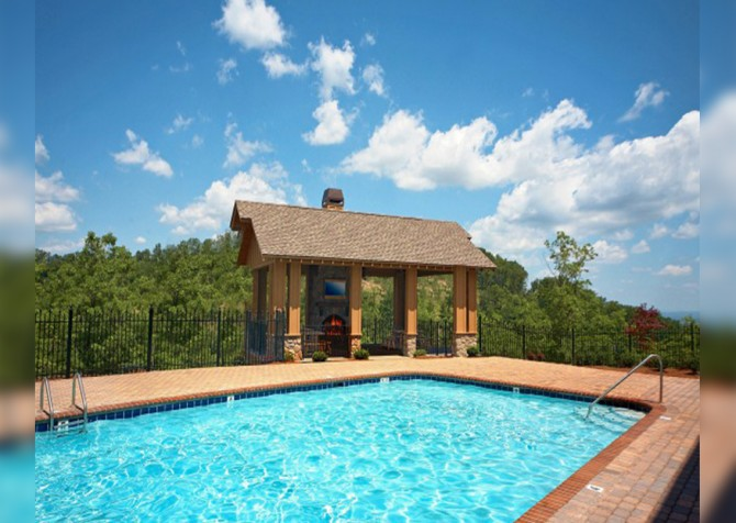 Pigeon Forge - The View - Resort Pool