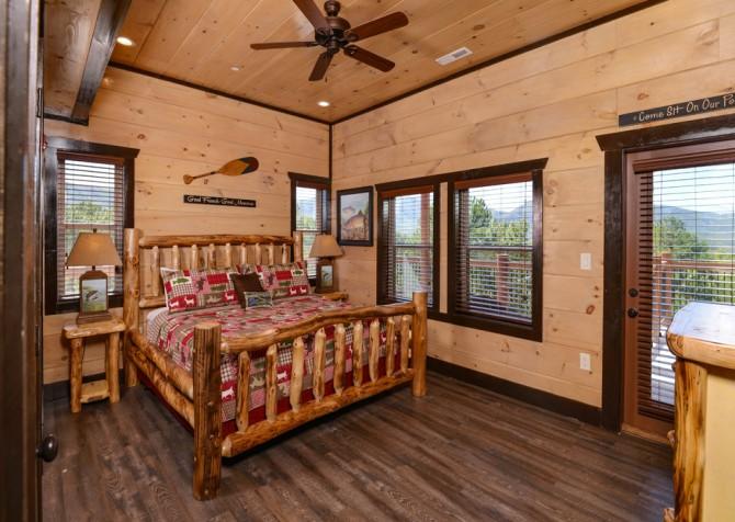 Pigeon Forge - Luxury Lodge - Bedroom One