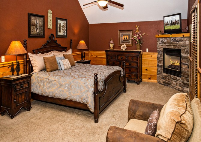 Pigeon Forge - Majestic Forest - Bedroom