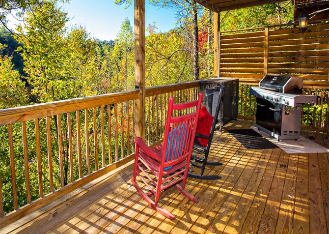 Pigeon Forge - Majestic Forest - Deck Seating