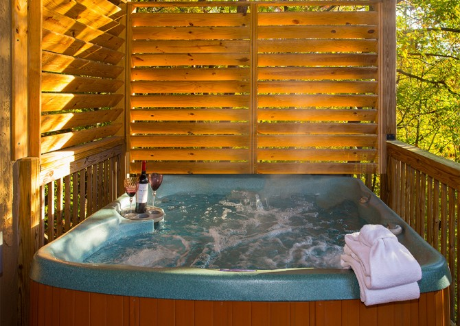 Pigeon Forge - Majestic Forest - Hot Tub