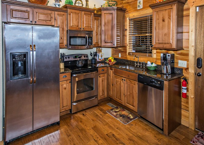 Pigeon Forge - Majestic Forest - Kitchen