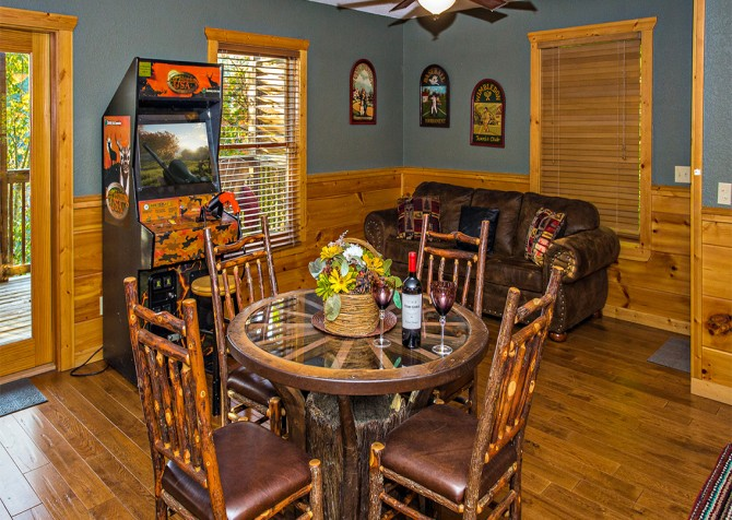 Pigeon Forge - Majestic Forest - Rec Room
