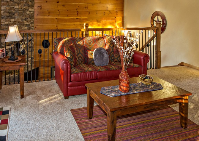 Pigeon Forge - Majestic Forest - Sitting Area