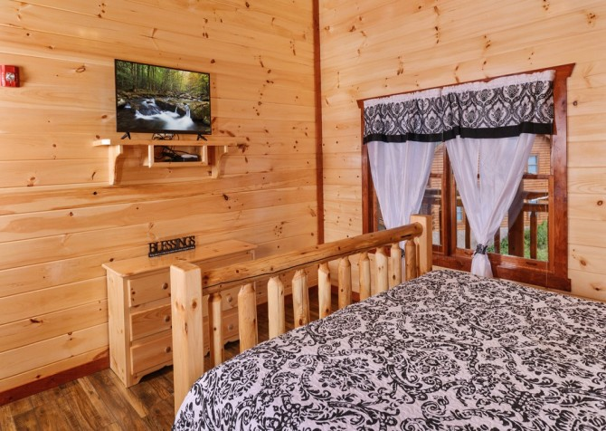 pigeon forge cabins majestic mountain water